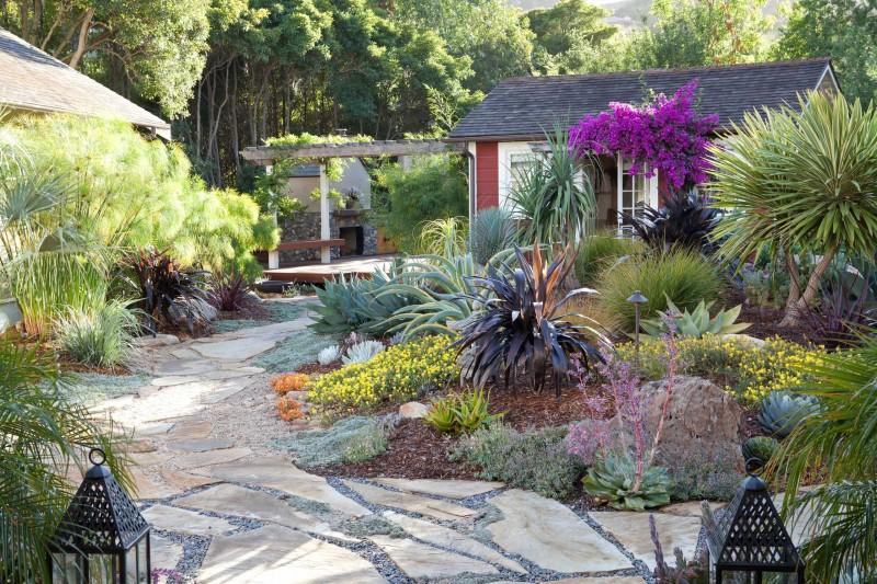 stone paver garden lightnings planters flowers home deck