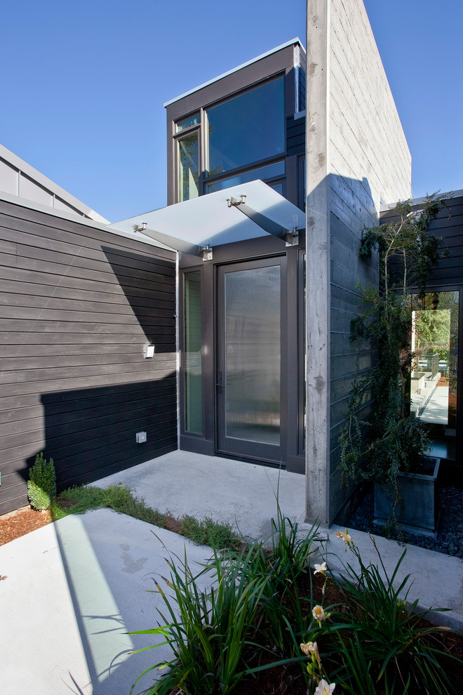 Ten Remarkable Modern Awning Ideas For Your Home Exterior
