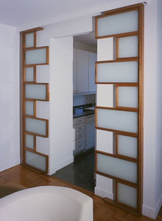 puzzle zigzag glass sliding door