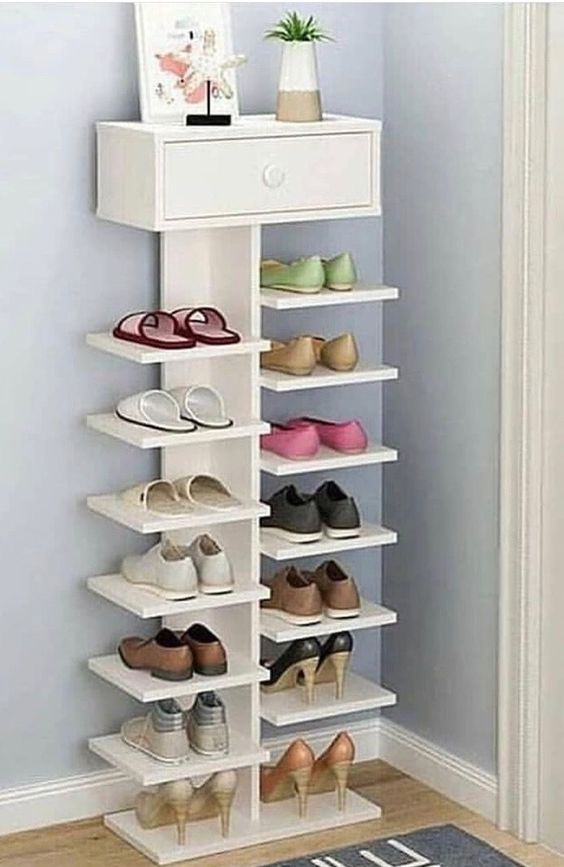 open shoe shelves without frame, with drawer on top