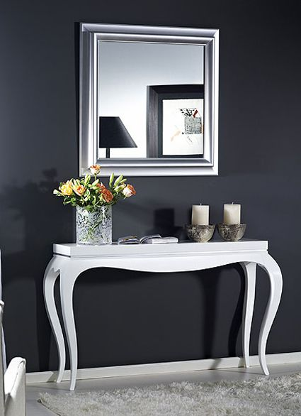 wooden console table in white without drawer with curve in the middle front, curvy legs