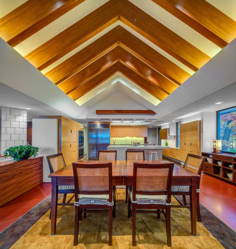 Maximizing The Beauty Of Your House Using Unique Ceiling