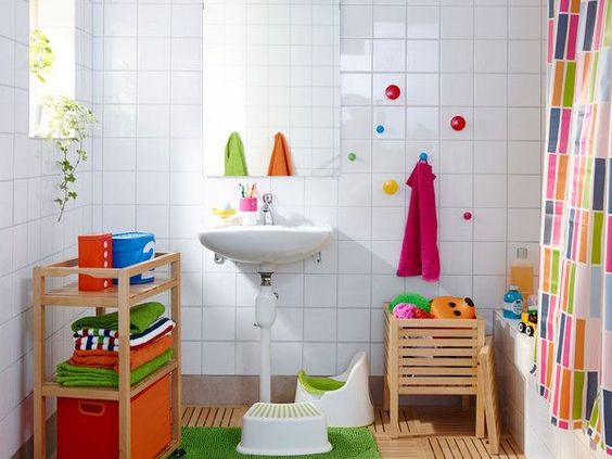 bathroom, white wall, wooden floor, wooden rack, wooden basket, white tub, colorful curtain, white sink