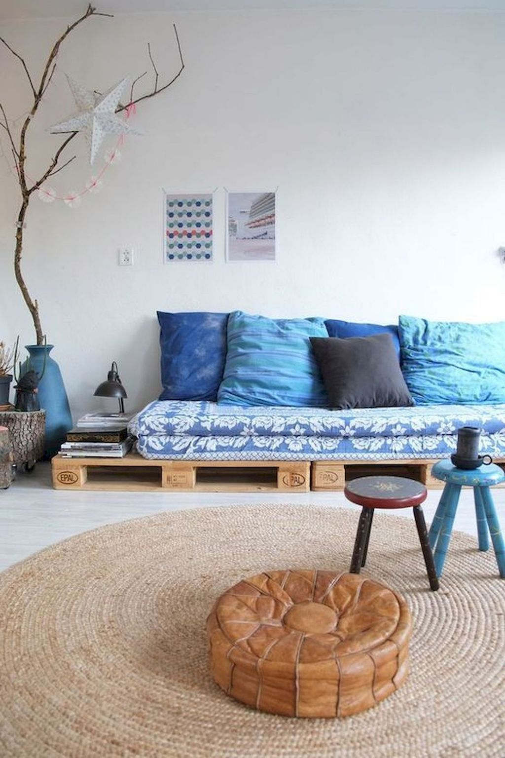 Getting Simple Look With Bench Sofa Decohoms