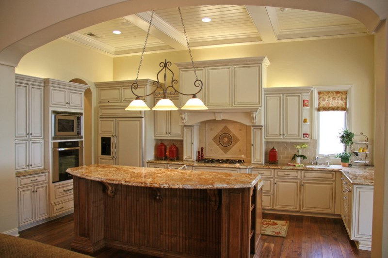 traditional kitchen lighting ideas luminous glow above cabinet decohoms 6335