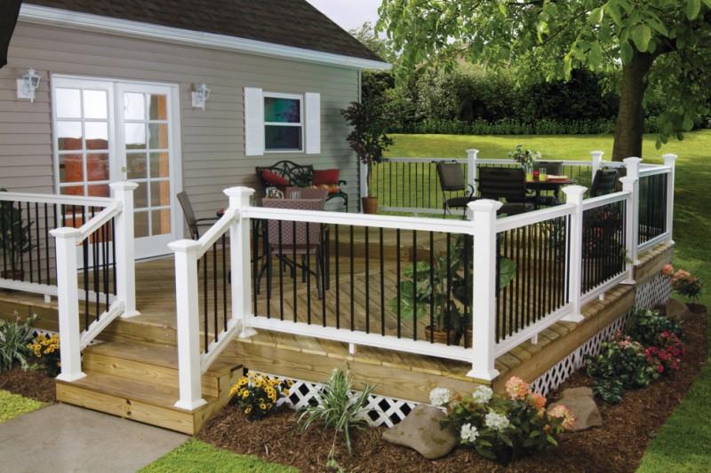 black and white aluminum vinyl deck railing