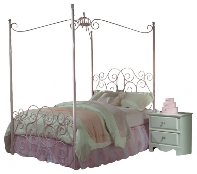 pink golden iron framed bed with pink white comforter