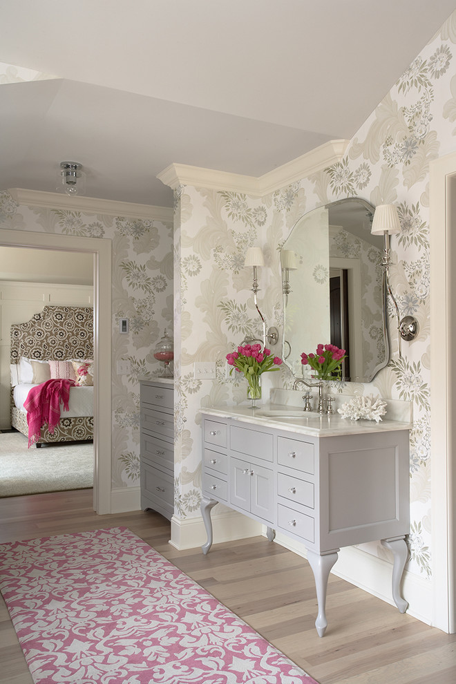 best colour combination for ur bedroom carpet rose color white mirror wall patterns lamps bed traditional design