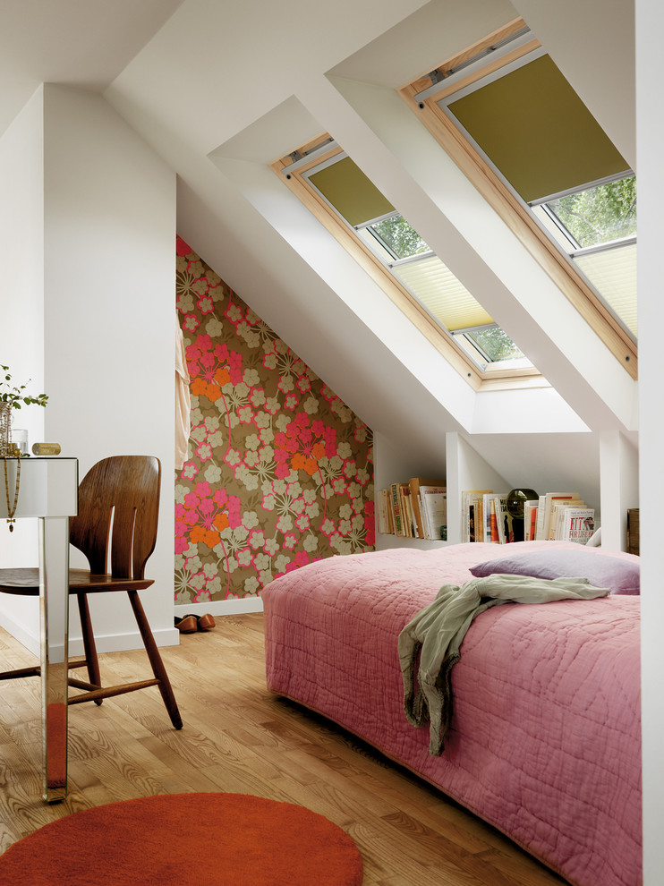 contemporary bedroom design in vaulted roof space Plissee half curtain idea pink comforter wood color floors rounded red carpet beautiful flower wallpaper