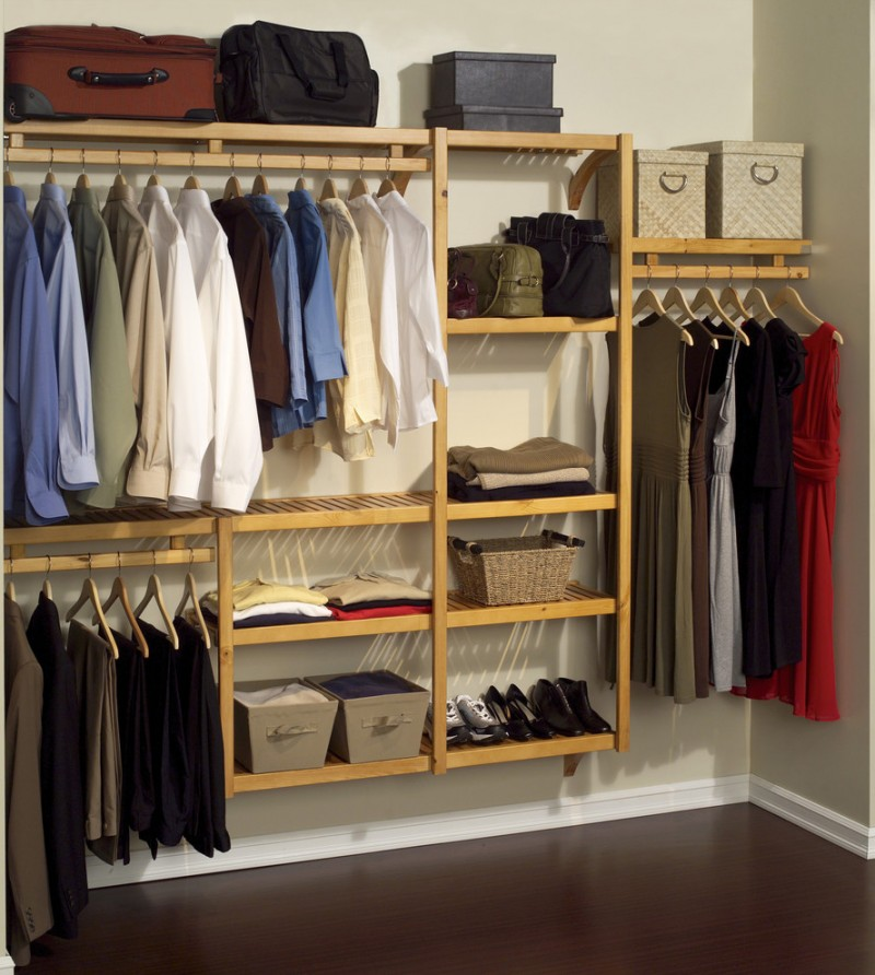 floating closet organizer in small size