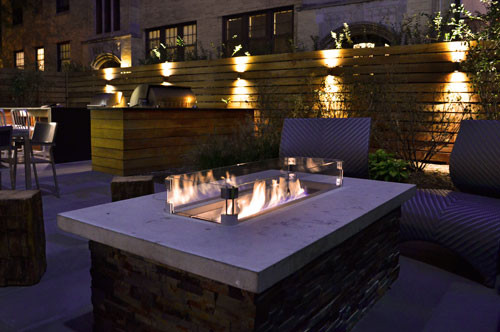 outdoor lighting on the wooden wall rail