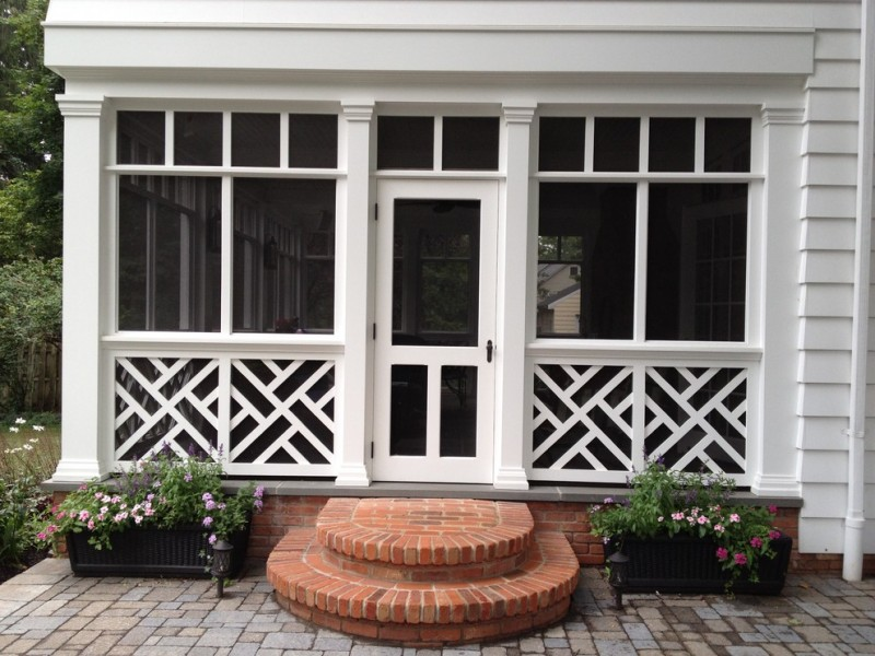 traditional porch rounded steps closed porch model white finishing railings with unique patterns