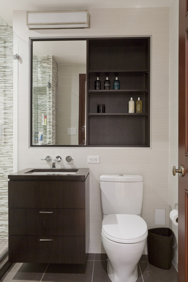 dressing room wall cabinet contemporary style floor tiles toilet mirror shelves trash bin