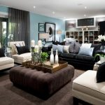 Glossy Plain Pillows In Leather Couch For Elegant Look In Modern Living Room