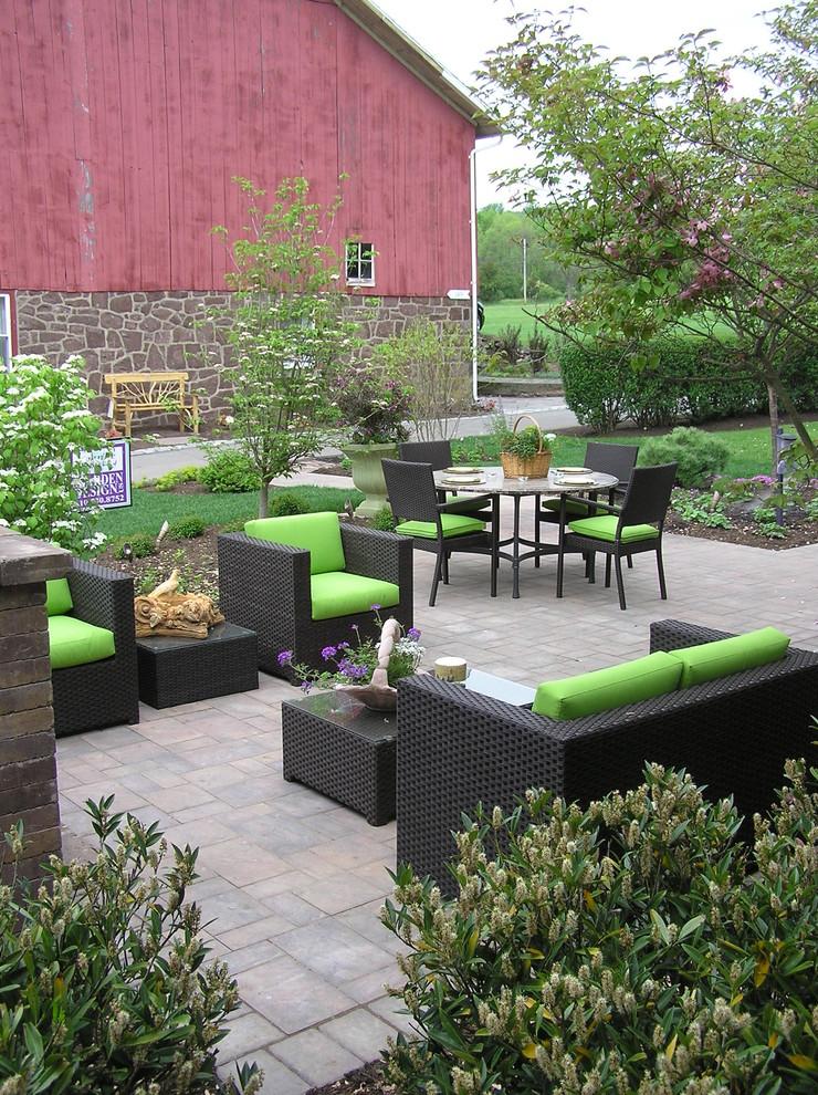 terrace color house chairs tables plants flowers black green farmhouse terrace