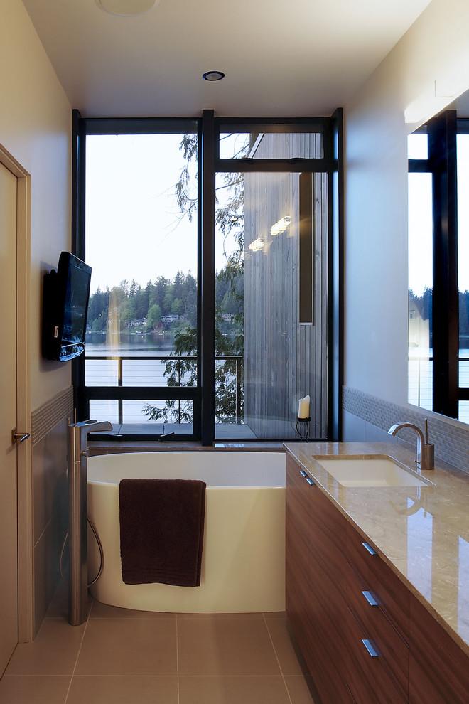 white small tub near the window