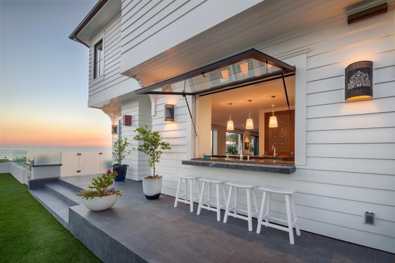 garden windows for kitchen stools wall lamps glass sheets modern pendants flower pots decorative plants beach style