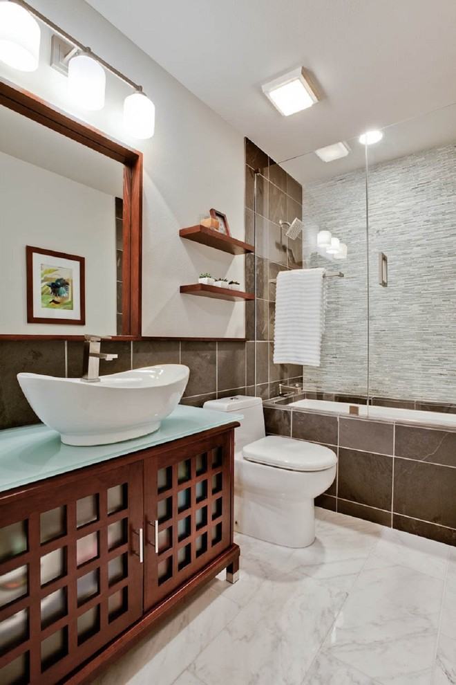 glass doors for bathtub shelves wash basin modern lamps faucet ceiling light towel rack modern bathroom