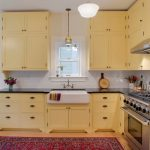 Good Colors For Kitchens Shaker Cabinets Farmhouse Sink Stainless Steel Appliances Soapstone Countertops White Pendant Carpet Light Fixtures Chairs Wall Decorations Traditional Design