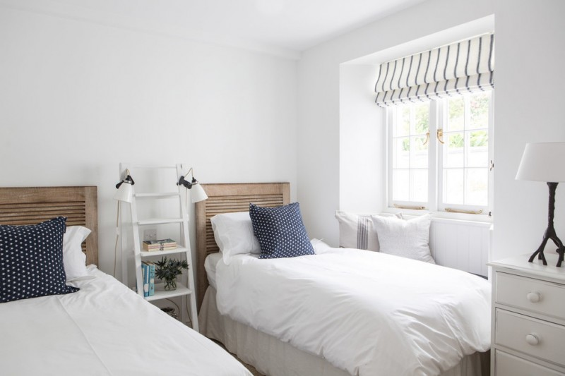 guest beds for small spaces pillows windows ladder lamps drawers beach style bedroom