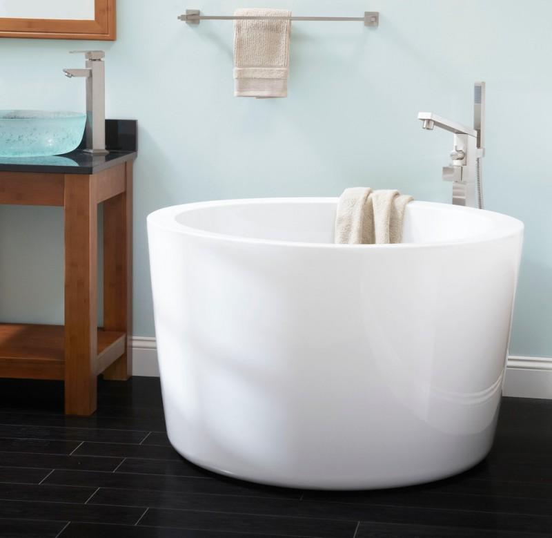 japanese soaking tub small white gloss round bathtub clear tempered glass vessel sink large towel rack modern bathroom