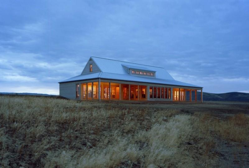 texas ranch house plans gable roof column windows pillars grey walls rustic design