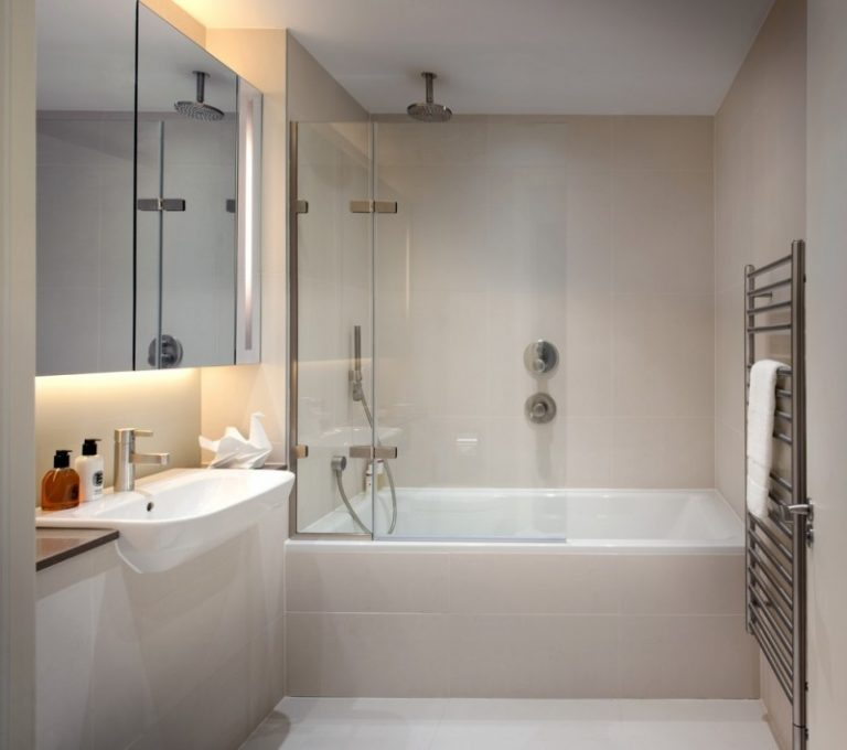 Tub Shower Combo Ceramic Tile Walk In Showers Privacy Screen Handiced Accessible Soaking With