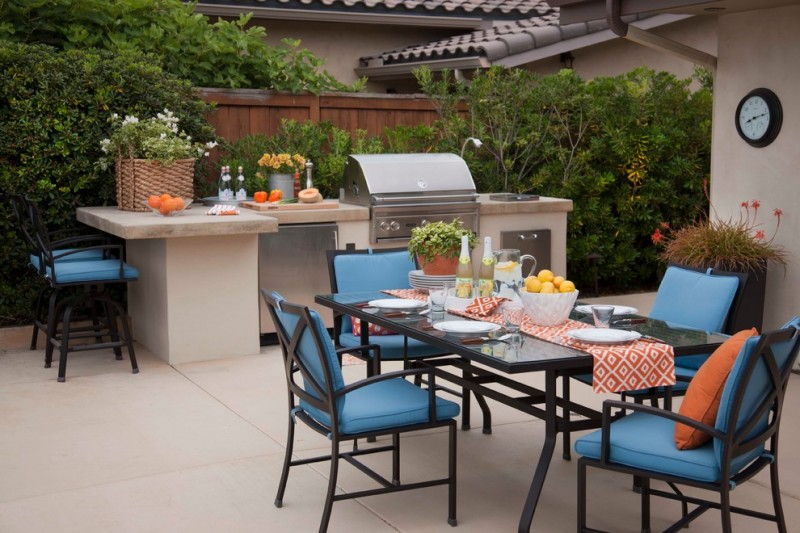 viking outdoor kitchen chairs dining table stools marble countertop stainless steel cabinetry sink faucet throw pillow ceramic tiles contemporary design
