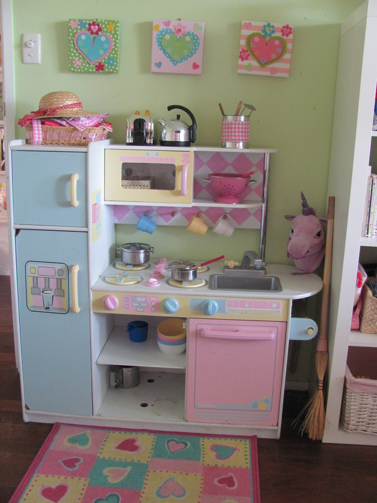best play kitchens carpet baskets stove faucet sink shelves wall decor hat oven eclectic kids room