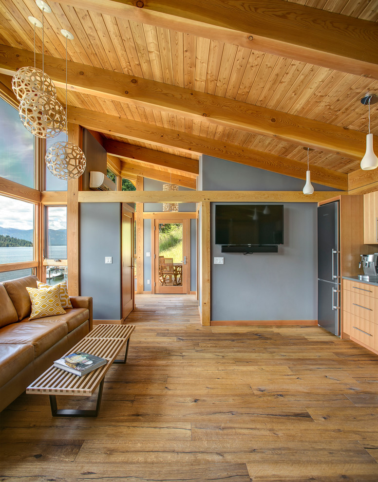 cabin designs and floor plans wood floor fridge bench cool lamps wall tv sofa pillows big windows wooden ceiling rustic living room