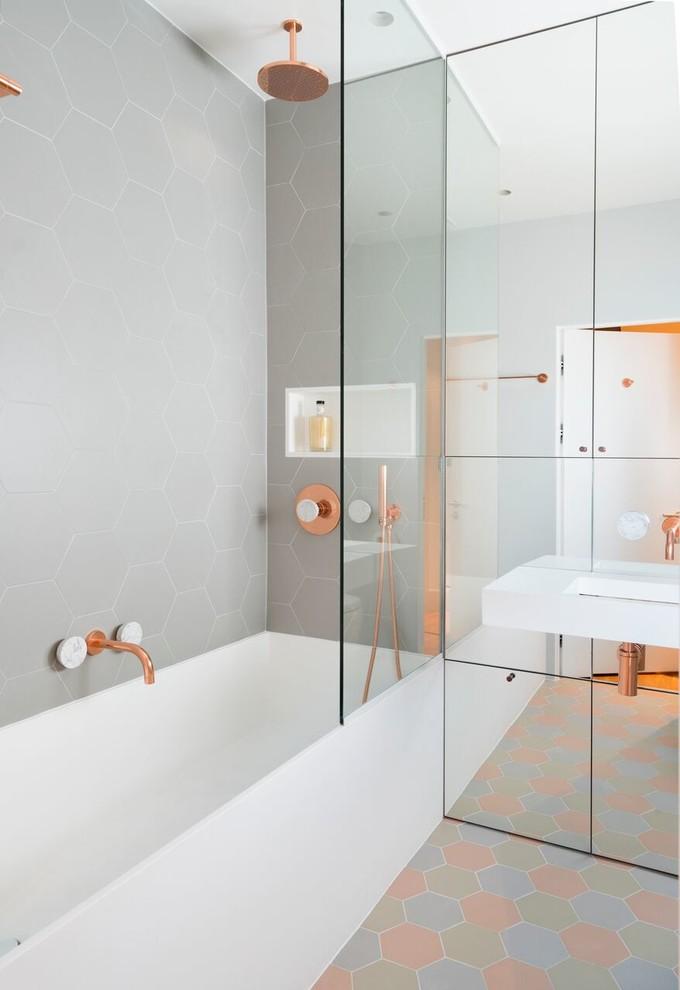 kate spade bathroom bathtub faucet shower wall storage big mirror contemporary style room