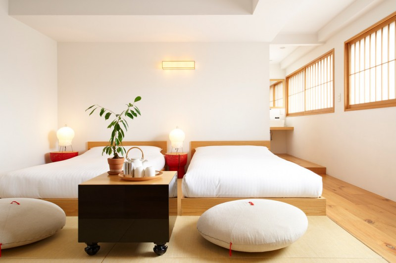 traditional japanese bed pillows cool lamps mat windows decorative plant asian bedroom