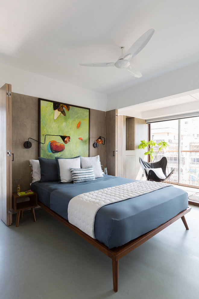 small master bedroom ideas simple low wooden bed comfy cushion ceiling fan with lamp wide windows chair large painting unique side table and lamps