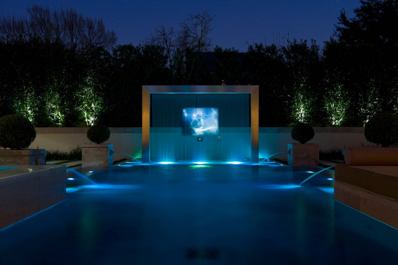 modern pool water screen pojection tv outdoor tv fountain raised planter