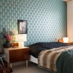 Retro Bedroom Eames Wire Chair Blue Wallpaper Nightstands Different Sized Table Lamps Dark Green Throuw Pillow Beige Curtain