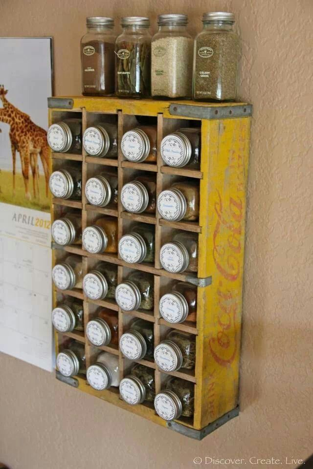 yellow crate box with partition for bottles storage