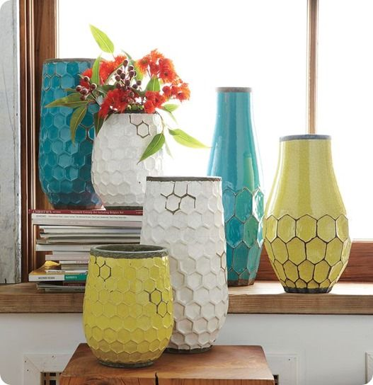 ceramic vase with honeycomb pattern outside