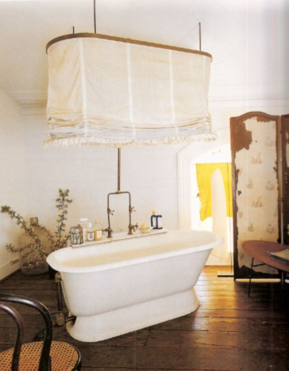 bathroom, wooden floor, white wall, round wooden rod, pull down curtain, wooden partition