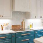 Kitchen, Wooden Floor, White Upper Cabinet, White Backsplash, Blue Bottom Cabinet,