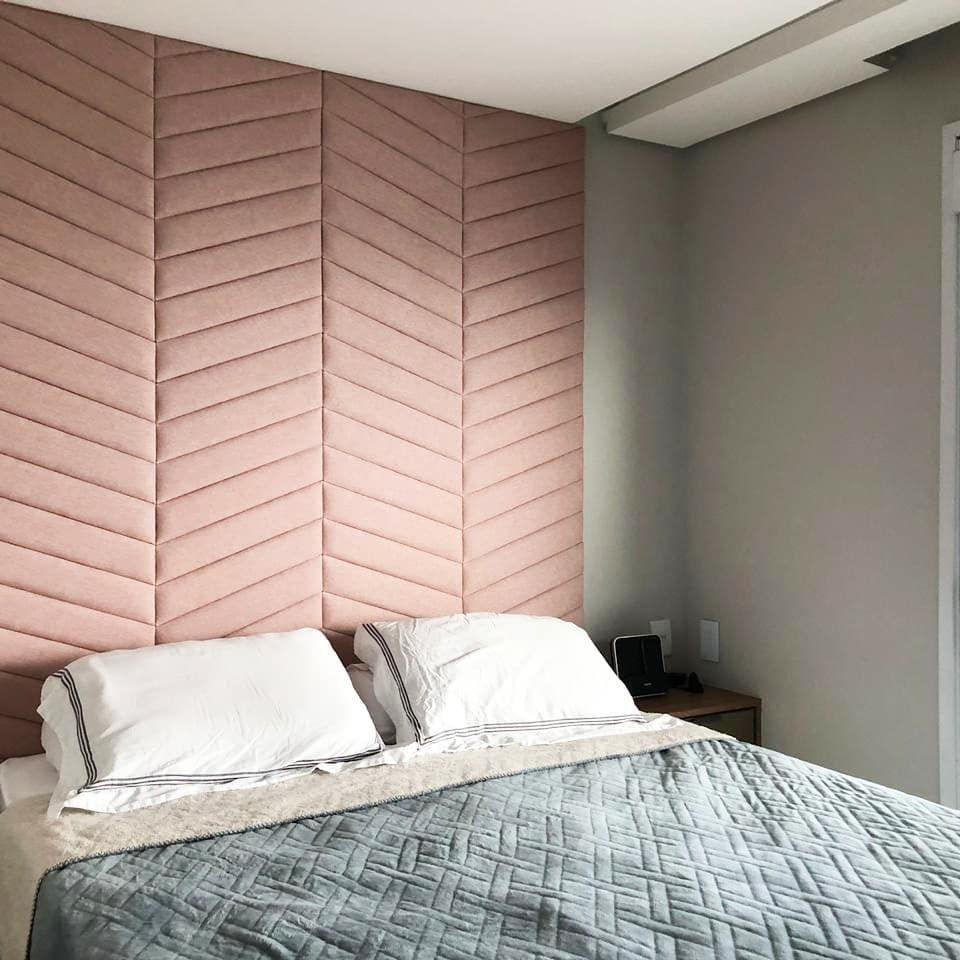 velvet pink chevron accent wall, grey wall, grey blanket