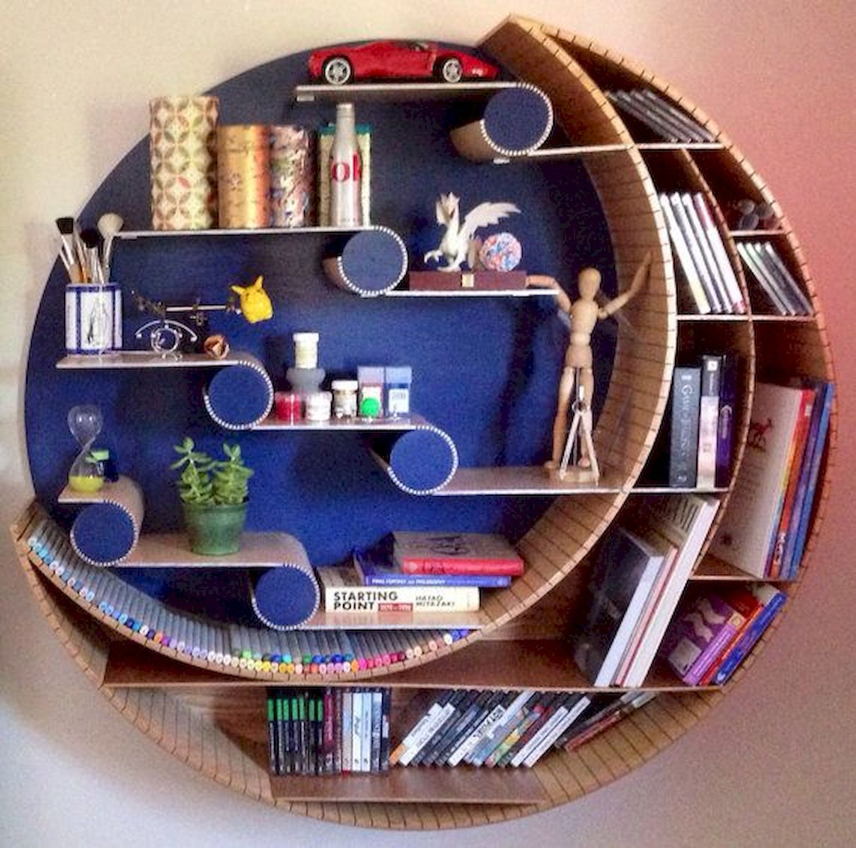 bookshelves, round with horizontal middle