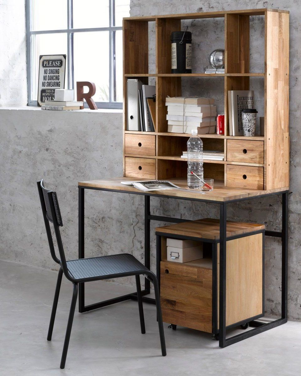 study, grey seamless floor and wall, wooden table, black chair