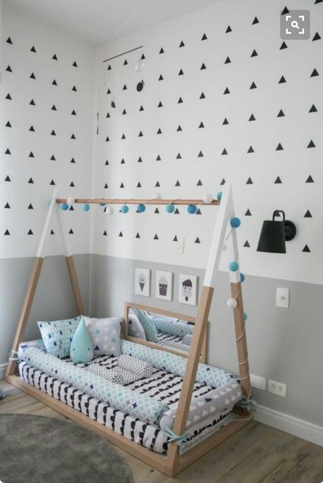 wooden tent, black white bedding, protecting cushion, wooden floor, white grey wall